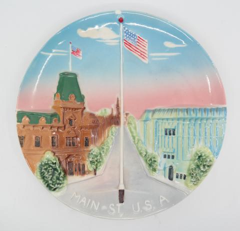 Disneyland Main Street U.S.A. 3-D Plate - ID: octdisneyana18164 Disneyana