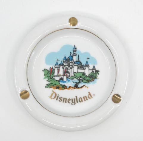 1970s Disneyland Castle Ashtray - ID: octdisneyana18498 Disneyana