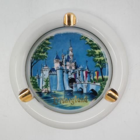 Disneyland Souvenir Ashtray - ID: aprdisneyland20167 Disneyana