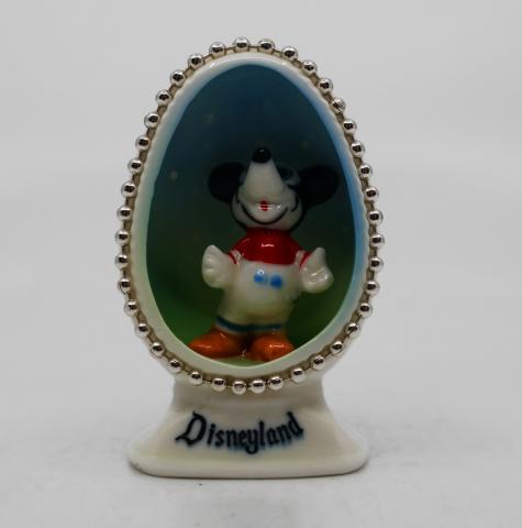 Disneyland Souvenir Figurine - ID: aprdisneyland20258 Disneyana