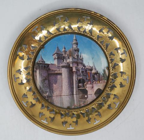 1960s Disneyland Decorative Wall Plate - ID: aprdisneyland20289 Disneyana