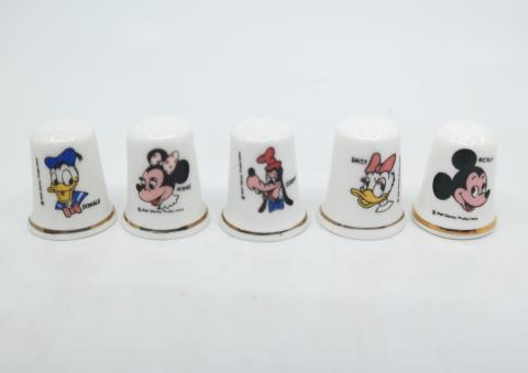 Disneyland Set of five Souvenir Bone China Thimbles- ID: aprdisneyland20329 Disneyana
