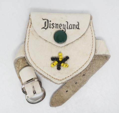 Disneyland Souvenir Frontierland Change Purse- ID: aprdisneyland20358 Disneyana