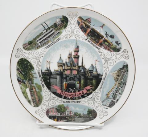 Disneyland Souvenir Lands Plate- ID: aprdisneyland20361 Disneyana