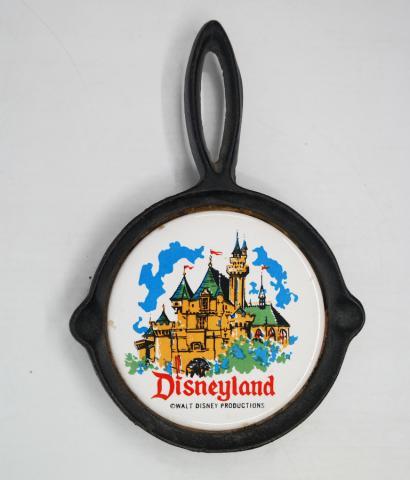 Disneyland  Souvenir Trivet- ID: aprdisneyland20365 Disneyana