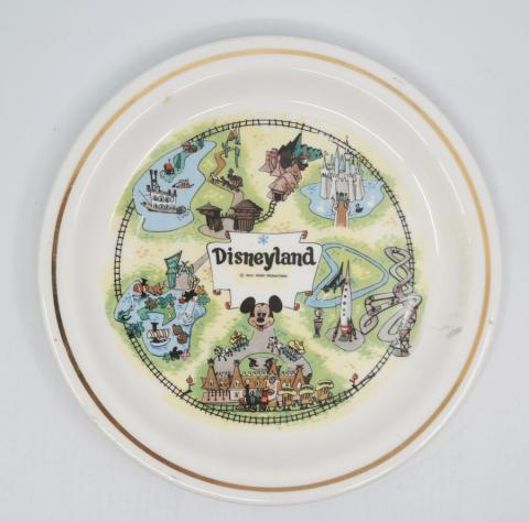 Disneyland Souvenir Plate - ID: aprdisneyland20393 Disneyana
