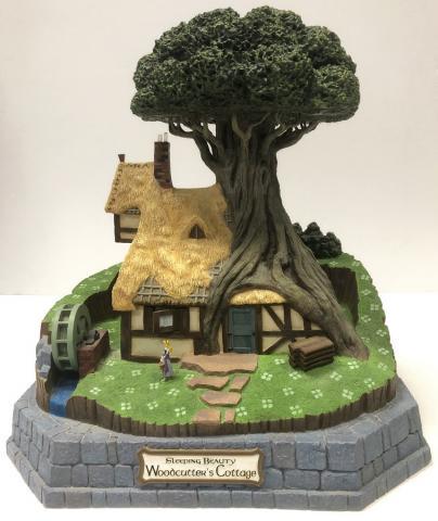 Sleeping Beauty Woodcutter's Cottage Big Fig - ID: augbigfig20015 Disneyana