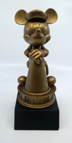 Mickey Mouse Hollywood Studios Statuette - ID: jundisneyana20143 Disneyana