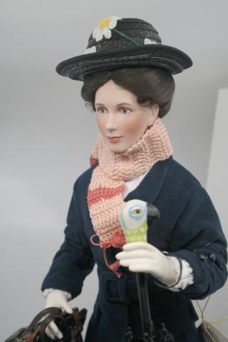 Mary Poppins 35th Anniversary Porcelain Doll - ID: jundisneyana20149 Disneyana