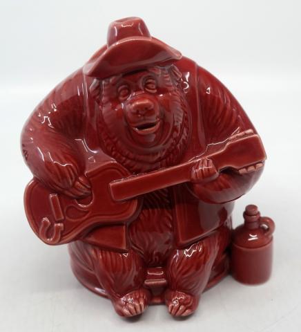Country Bears Big Al Ceramic Figurine - ID: jundisneyana20223 Disneyana
