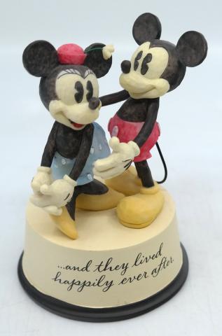 Mickey and Minnie Happily Ever After Statuette - ID: jundisneyana20239 Disneyana