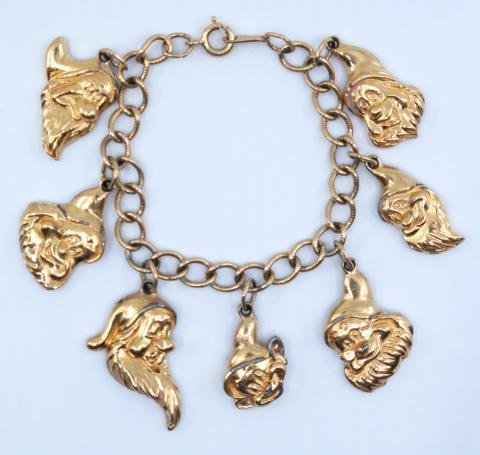 Seven Dwarfs Charm Bracelet by Avon Kids - ID: aprdisneyland21361 Disneyana