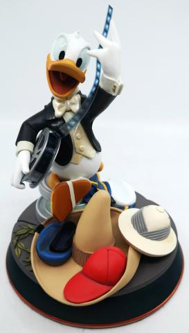 Donald Duck 70th Birthday Statuette - ID: augdisneyana20025 Disneyana