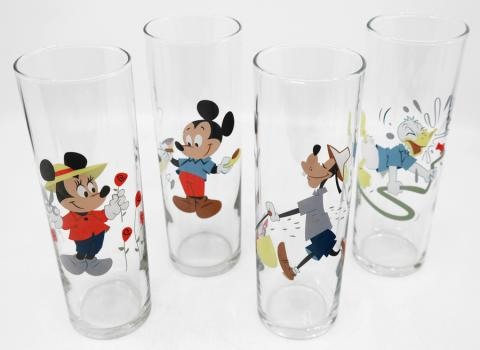 Mickey and Friends Gardening Drinking Glasses - ID: augdisneyana20079 Disneyana