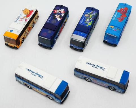 Tokyo Disneyland Transit Bus Miniature Replica Collection - ID: augdisneyana20106 Disneyana