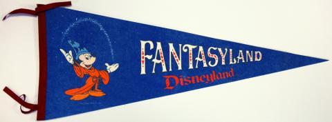 1980s Fantasyland Pennant - ID: augdisneyana20140 Disneyana