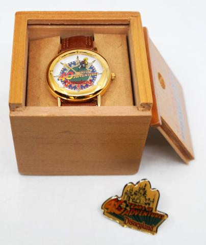 Disneyland 40 Years of Adventures Pin and Cast Gift Watch - ID: augdisneyana20193 Disneyana