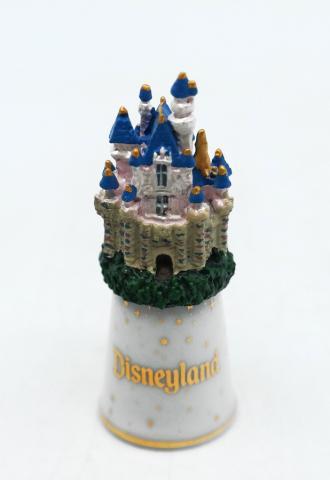 Disneyland Pewter Castle Thimble - ID: augdisneyland20080 Disneyana