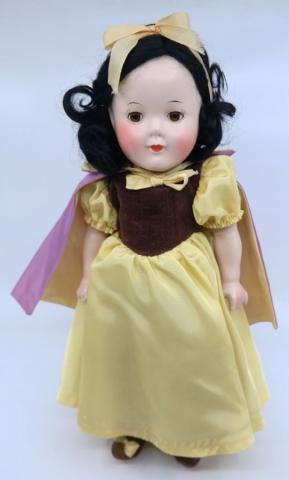 1930s Snow White Composition Doll by Madame Alexander  - ID: jundisneyana21347 Disneyana