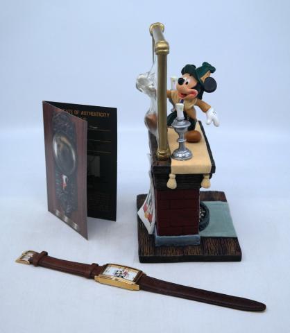 Mickey's Mirror of Clues Mystery Figurine & Watch - ID: mardisneyana21315 Disneyana