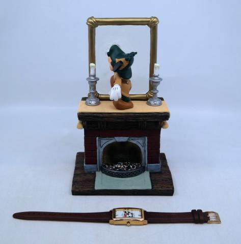 Mickey's Mirror of Clues Mystery Figurine & Watch - ID: mardisneyana21316 Disneyana