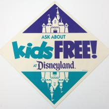 Kids Free! at Disneyland Sign - ID: augdisneyland19122 Disneyana