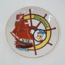 Disneyland Souvenir Miniature Plate - ID: aprdisneyland20224 Disneyana