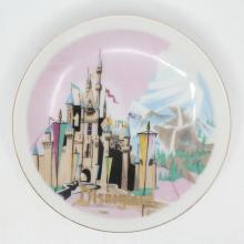 Disneyland Ceramic Souvenir Mini-Plate- ID: aprdisneyland20379 Disneyana