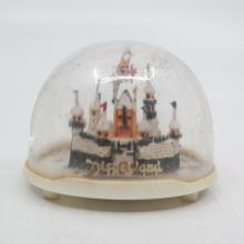 Disneyland Souvenir Snow Globe - ID: aprdisneyland20381 Disneyana