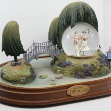 Mary Poppins Musical Snow Globe - ID: jundisneyana20128 Disneyana