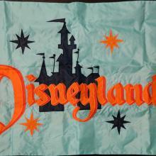 Kevin Kidney 50th Ann. Disneyland Replica Flag - ID: jundisneyana20137 Disneyana