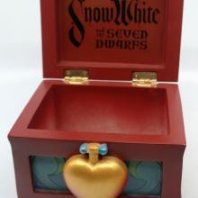 Snow White Trinket Box - ID: jundisneyana20235 Disneyana