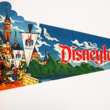 1990 Disneyland 35 Years of Magic Pennant - ID: augdisneyana20141 Disneyana