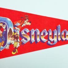 1980s Disneyland Pennant - ID: augdisneyana20146 Disneyana