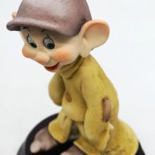 Armani Dopey Snow White Statuette - ID: augdisneyana20194 Disneyana