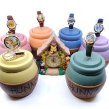 Winnie the Pooh Watch Collectors Club Series VI - ID: augdisneyana20207 Disneyana