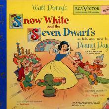Snow White and the Seven Dwarfs Little Nipper Story Book & Album - ID: augdisneyana20264 Disneyana