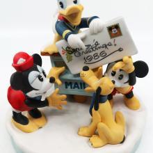 1986 Disney Parks Christmas Figurine - ID: augdisneyland20026 Disneyana