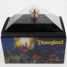 Main Street Electrical Orange Parade Bulb Display - ID: augdisneyland20085 Disneyana