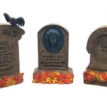 Haunted Mansion Gravestone Replica Figurine Set - ID: jundisneyana20284 Disneyana