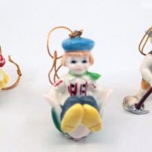 It's a Small World Porcelain Ornament Set - ID: jundisneyana21343 Disneyana