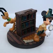 Official Disneyana Mystery Rotating Bookshelf Figurine - ID: mardisneyana21318 Disneyana