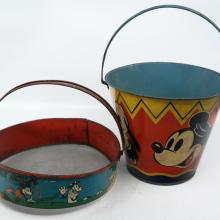Mickey and Friends Tin Beach Toys - ID: novdisneyana20042 Disneyana